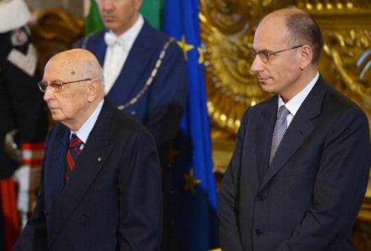 Governo, Napolitano lascia Napoli: atteso a Roma per l'incontro con Letta