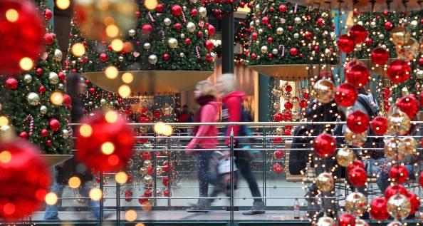 Regali di Natale, secondo la Cia resistono solo quelli enogastronomici
