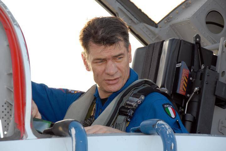 Su Twitter i primi messaggi dell'astronauta Paolo Nespoli