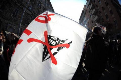 no tav roma 478x317 Il Corteo No Tav a Roma si fa violento: giornalisti aggrediti e tangenziale occupata