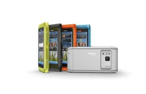 SMARTPHONE / Nokia N8, troppe ordinazioni per l'anti Iphone finlandese: ad ottobre sul mercato