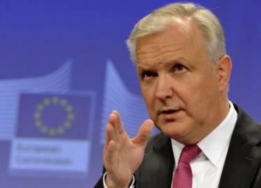Il commissario Ue agli affari economici Olli Rehn (GEORGES GOBET/AFP/Getty Images)