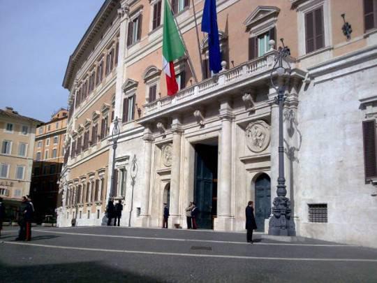 palazzoChigi1 e1327515063413 Le semplificazioni di Monti: il governo verso labolizione di 300 leggi