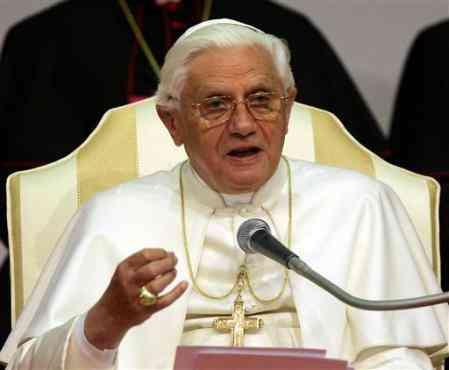 Egitto: Papa Benedetto XVI lancia un appello per la coesistenza pacifica