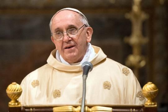 """Il Pontefice alla Curia per gli auguri di Natale: """"Carità nei rapporti con i colleghi"""""""