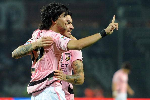 Rivoluzione Juventus: per il futuro si punta a Pastore, ma attenti al Barcellona