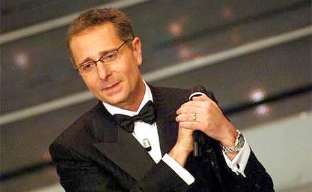 """PAOLO BONOLIS / Tv Sorrisi e Canzoni, il conduttore dichiara: """"Forse mi ritiro dalla Tv"""""""