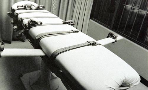 Pena di morte: secondo Nessuno Tocchi Caino l'azienda Hospira 1 produrrebbe in Italia il Pentothal, utilizzato per le esecuzioni negli Usa