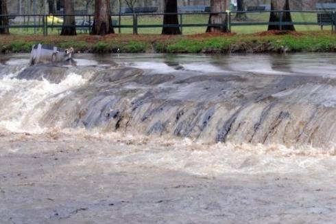 Maltempo a Milano, emergenza per l'esondazione dei fiumi Seveso e Lambro