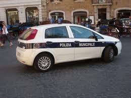 Roma: maxi retata contro i parcheggiatori abusivi, fermate 27 persone
