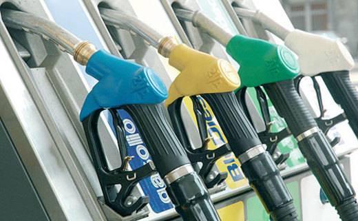 Benzina: prezzi invariati da una settimana, Gpl in aumento