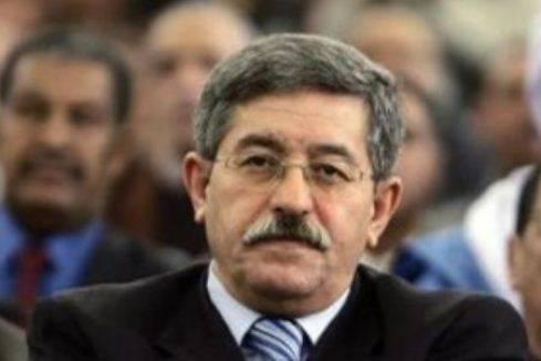 Rivolta in Algeria: dimissioni di alcuni ministri e riforme sociali per placare le proteste