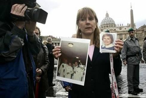 Pedofilia, Corte d'appello della Pennsylvania annulla condanna per Monsignor Lynn