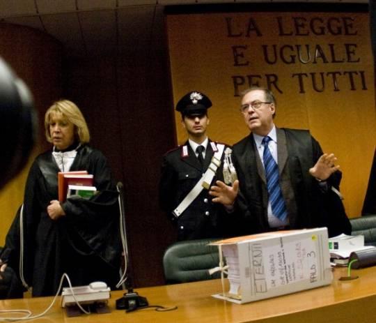 Processo Eternit: condanna a 16 anni per i due imputati. Risarcimenti milionari