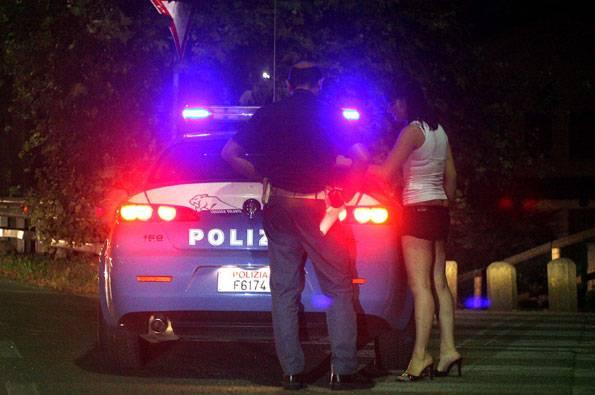 PROSTITUZIONE / Low cost, secondo il Codacons il sesso a pagamento è in mano ai cinesi