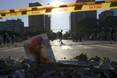 Barricate durante le proteste a Caracas, Venezuela (Getty images)
