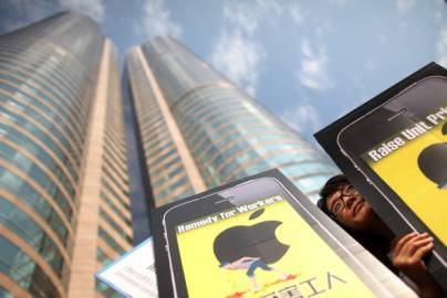 Proteste contro Apple per migliori condizioni di lavoro in Cina (Getty images)
