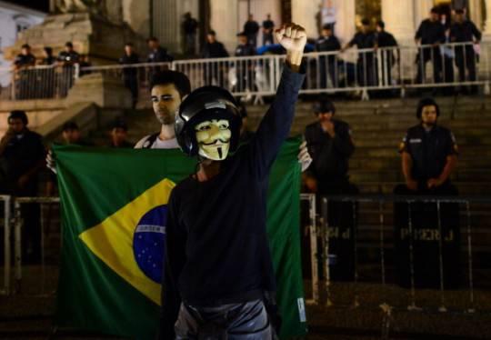 Brasile: il Governo darà ai cittadini la possibilità di decidere sulle riforme politiche del paese