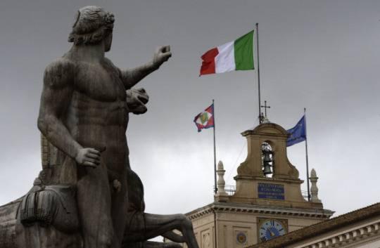 Renzi convocato per lunedì mattina al Quirinale