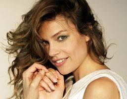 "MICAELA RAMAZZOTTI / Vanity Fair, l'attrice dichiara: ""Perchè ho posato nuda? Lo spiegherà Virzì"""