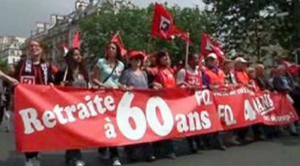 MILIONI DI PERSONE SCESE NELLE PIAZZE D'OLTRALPE /  Prosegue la mobilitazione contro la riforma delle pensioni in Francia