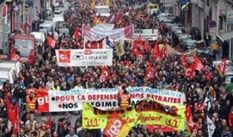 FRANCIA PENSIONI / Secondo sciopero generale, sondaggio rivela solo 36% intervistati crede a ritorno età minima a 60 anni