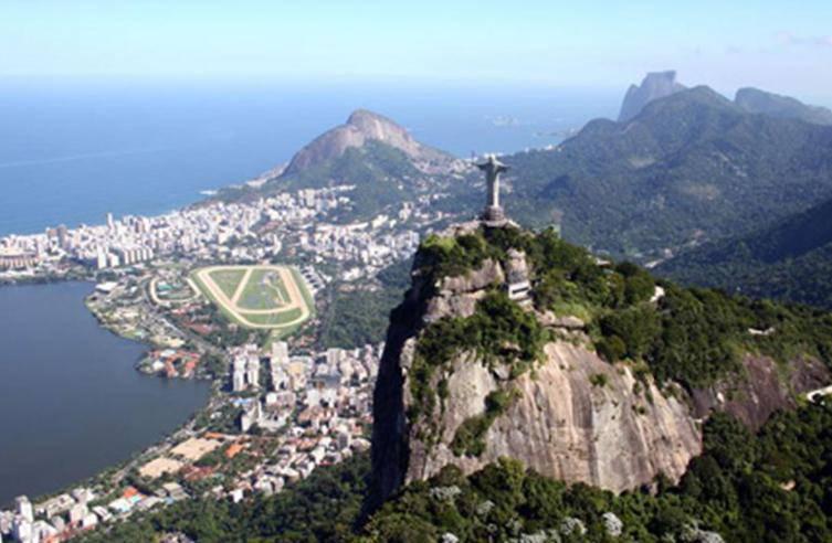 BRASILE / Boom classe media, studio Fondazione Vargas rivela metà del paese ne fa parte: 94,9 milioni di cittadini, il 50,5% della popolazione