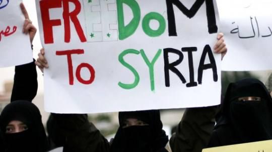 Guerra in Siria: il primo giorno degli osservatori arabi