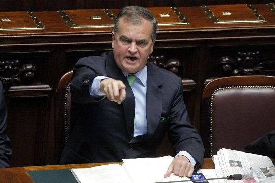 """Lega Nord, Roberto Calderoli: """"Berlusconi può dare lezioni di morale a Monti"""""""