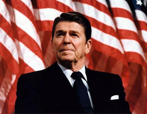 """Rivelazione shock del figlio di Regan: """"Mio padre affetto dall'Alzheimer quando era ancora alla Casa Bianca"""""""