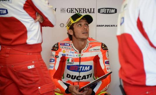 MotoGp, Valentino Rossi passa alla Yamaha