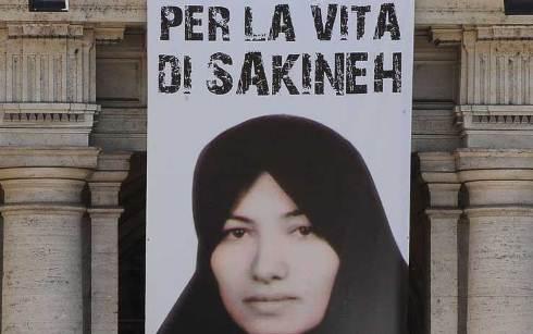 """Sakineh confessa in tv iraniana: """"Sono una peccatrice"""""""