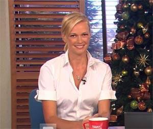 AUSTRALIA 'S NEXT TOP MODEL / Sarah Murdoch, la conduttrice annuncia la vincitrice sbagliata (Vedi Video)
