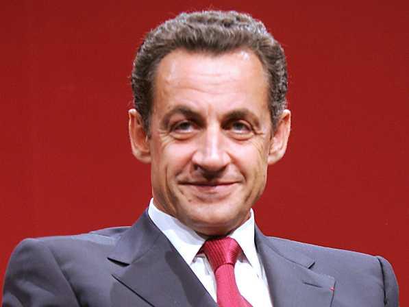 Francia: Nicolas Sarkozy rinnova l'impegno delle forze armate francesi in Libia