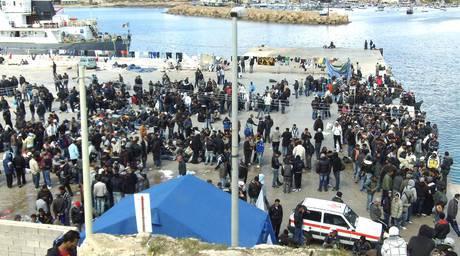 Emergenza sbarchi immigrati: Italia e Tunisia siglano ...