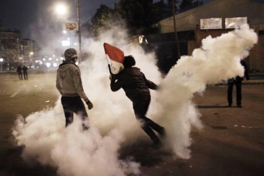 Situazione esplosiva in Egitto: si attende lo sgombero dei manifestanti pro Morsi. Scontri tra cristiani e musulmani
