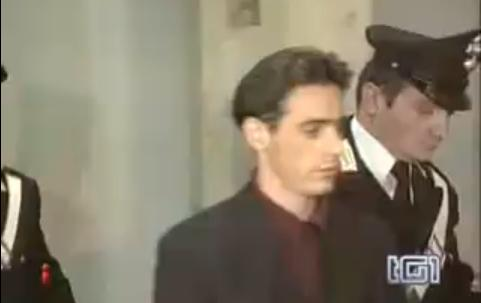 Pietro Maso fuori dal carcere di Opera