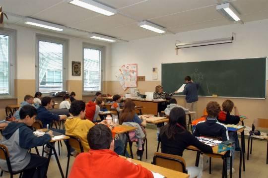 I mille disagi della scuola italiana: mancano sedie, professori e bidelli