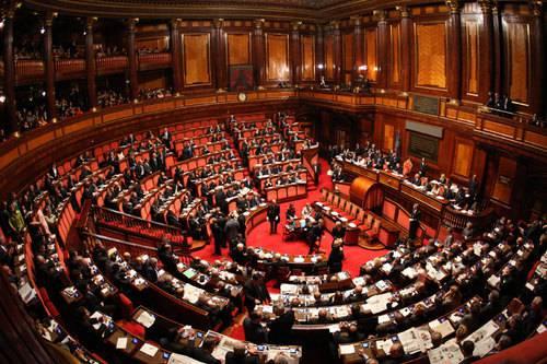 Manovra iniziato l 39 esame al senato il governo pone la for Sede senato italiano