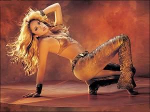 shakira12 300x225 Shakira in concerto a Milano e Bologna: ecco date e prezzi del mini tour della cantante colombiana