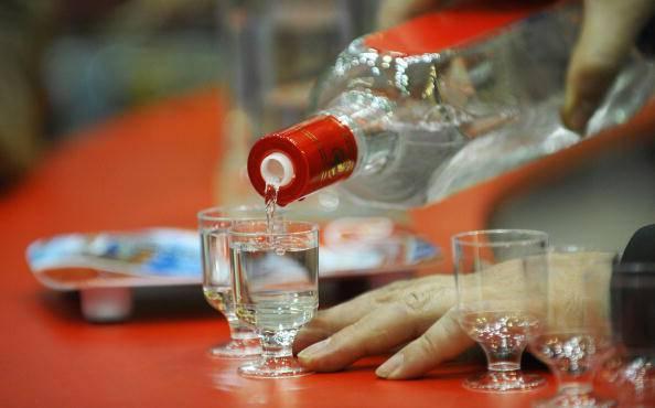 Credono sia vodka, ma è una lozione da bagno: 33 morti intossicati