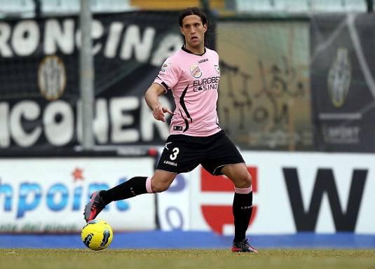 Inter, per la difesa piace Silvestre del Palermo