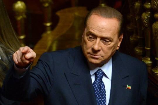 Berlusconi affonda il Pdl: nessuna apertura ad un governo nel caso di decadenza