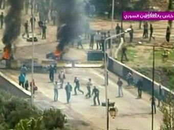 Repressioni in Siria: arrestati attivisti e uccisi civili