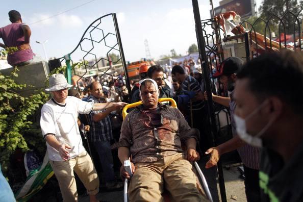 """Egitto, l'ultimatum dell'esercito: """"Non si minacci la sicurezza nazionale"""""""