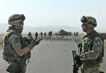 Attentato Herat: uno dei militari rimasti feriti è in gravi condizioni
