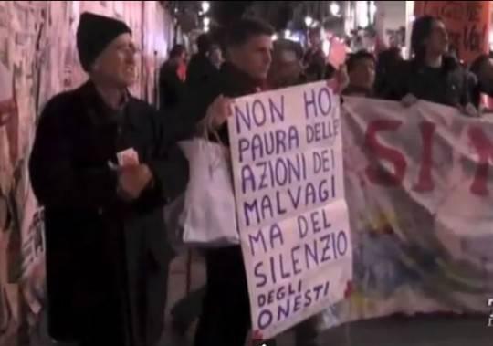 """Stato-mafia, Palermo: corteo di solidarietà ai Pm. Di Matteo: """"Manifestazioni spontanee più importanti dei silenzi"""""""