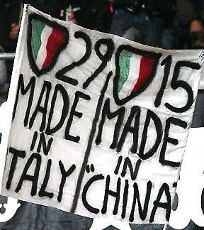 Juventus-Inter è già iniziata, i tifosi propongono gli striscioni