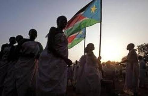 Sudan del Sud: festa e caroselli a Giuba, stanotte è nato un nuovo Stato