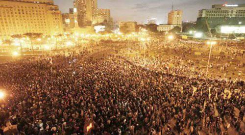 Scontri Egitto: salito a 200 il numero di feriti in piazza Tahrir